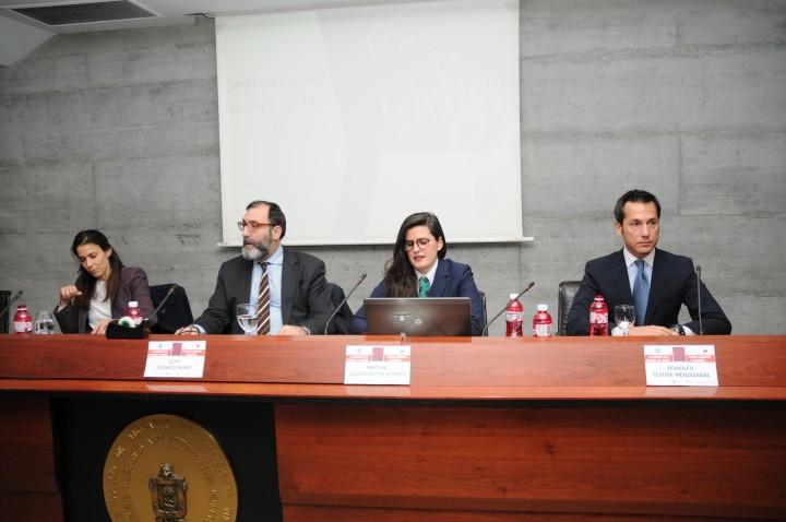 Maitane Valdecantos, representante de Grupo Eurotax, en el I Congreso de la Abogacía de Bizkaia.
